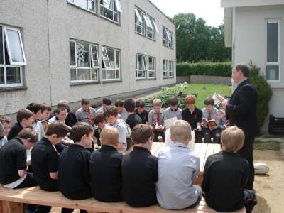 A photo of one of our outdoor Saint Laurences classes