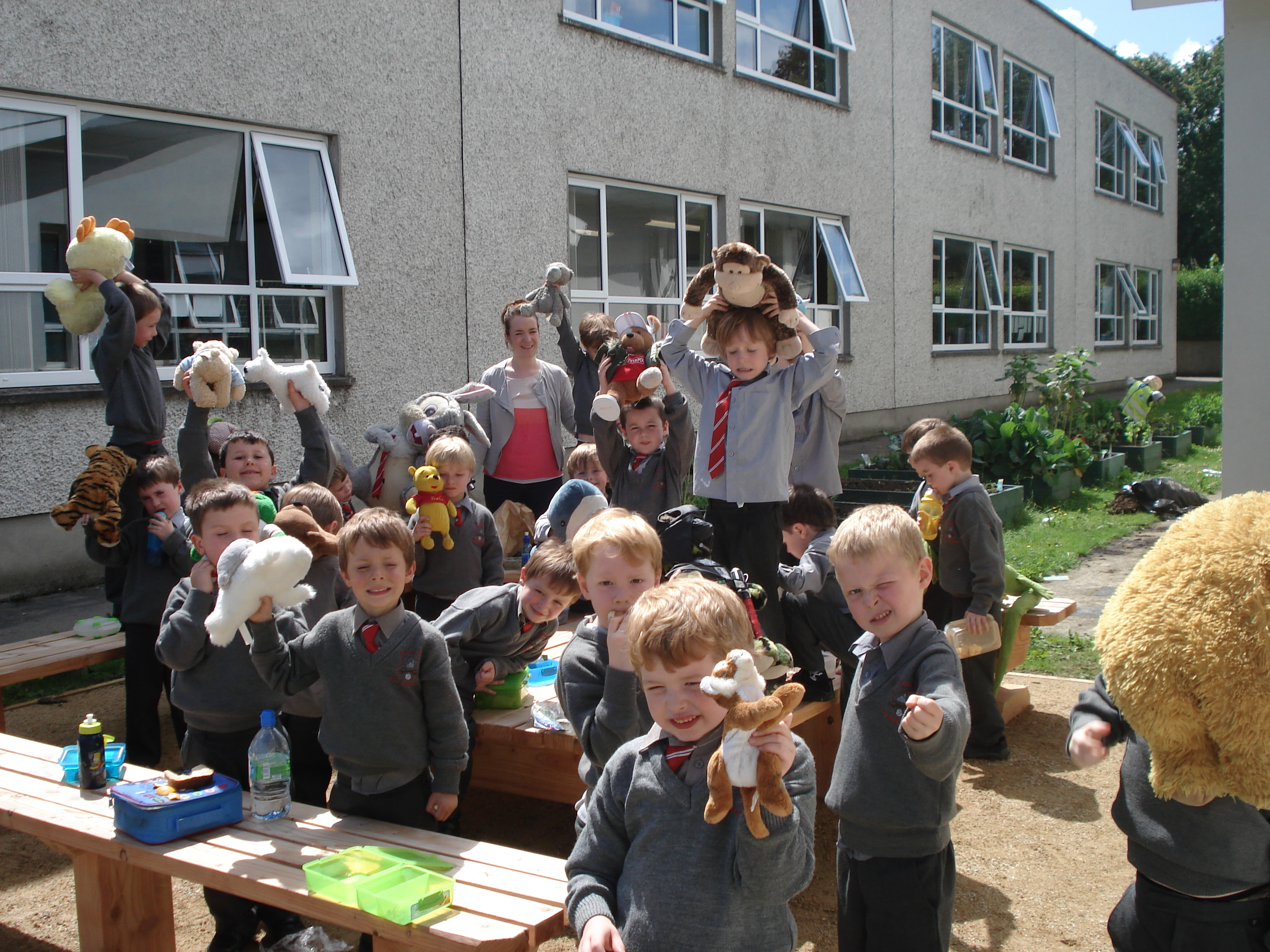 A photo of one of our outdoor Saint Laurences classes_3