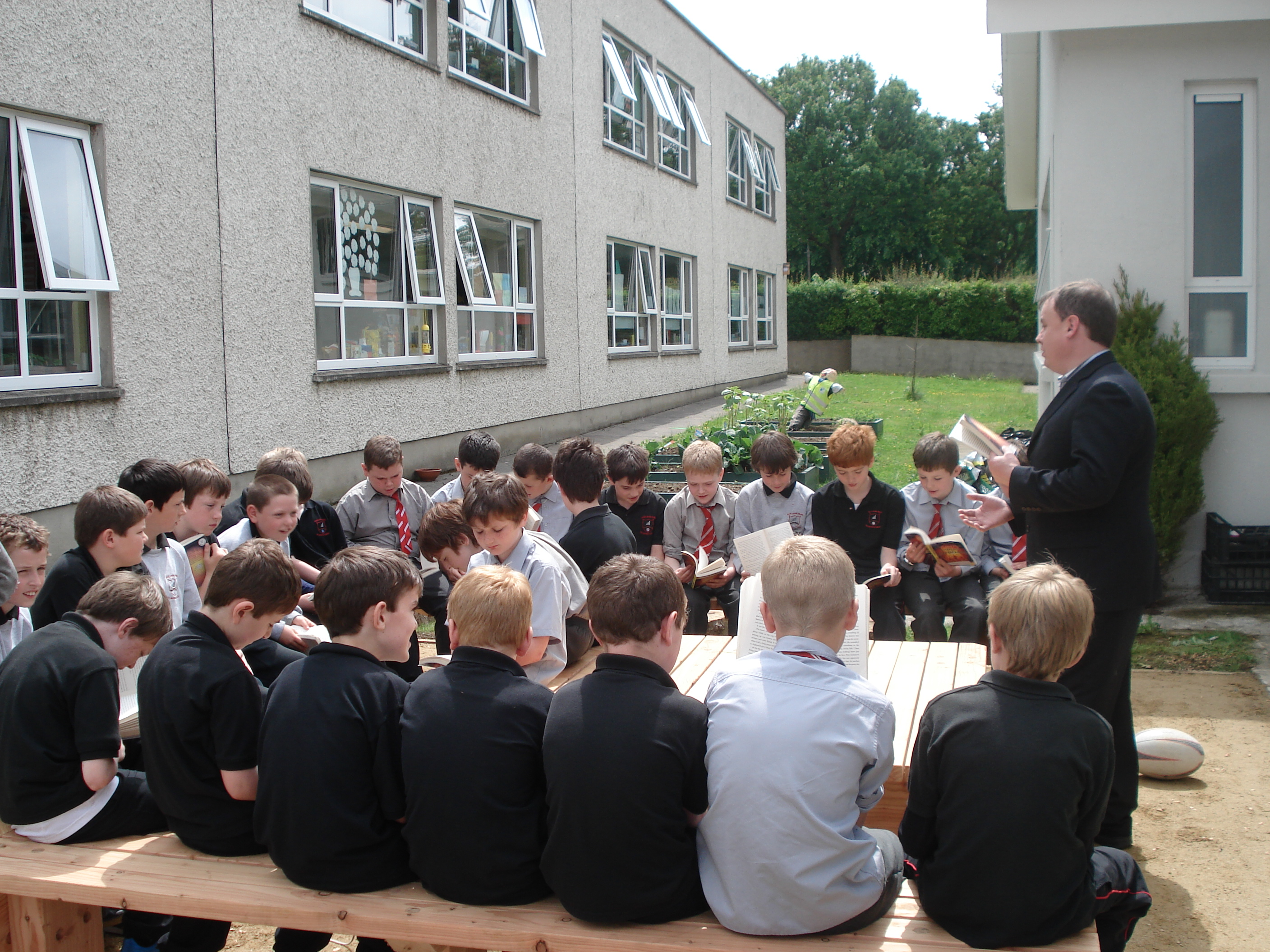 A photo of one of our outdoor Saint Laurences classes_6