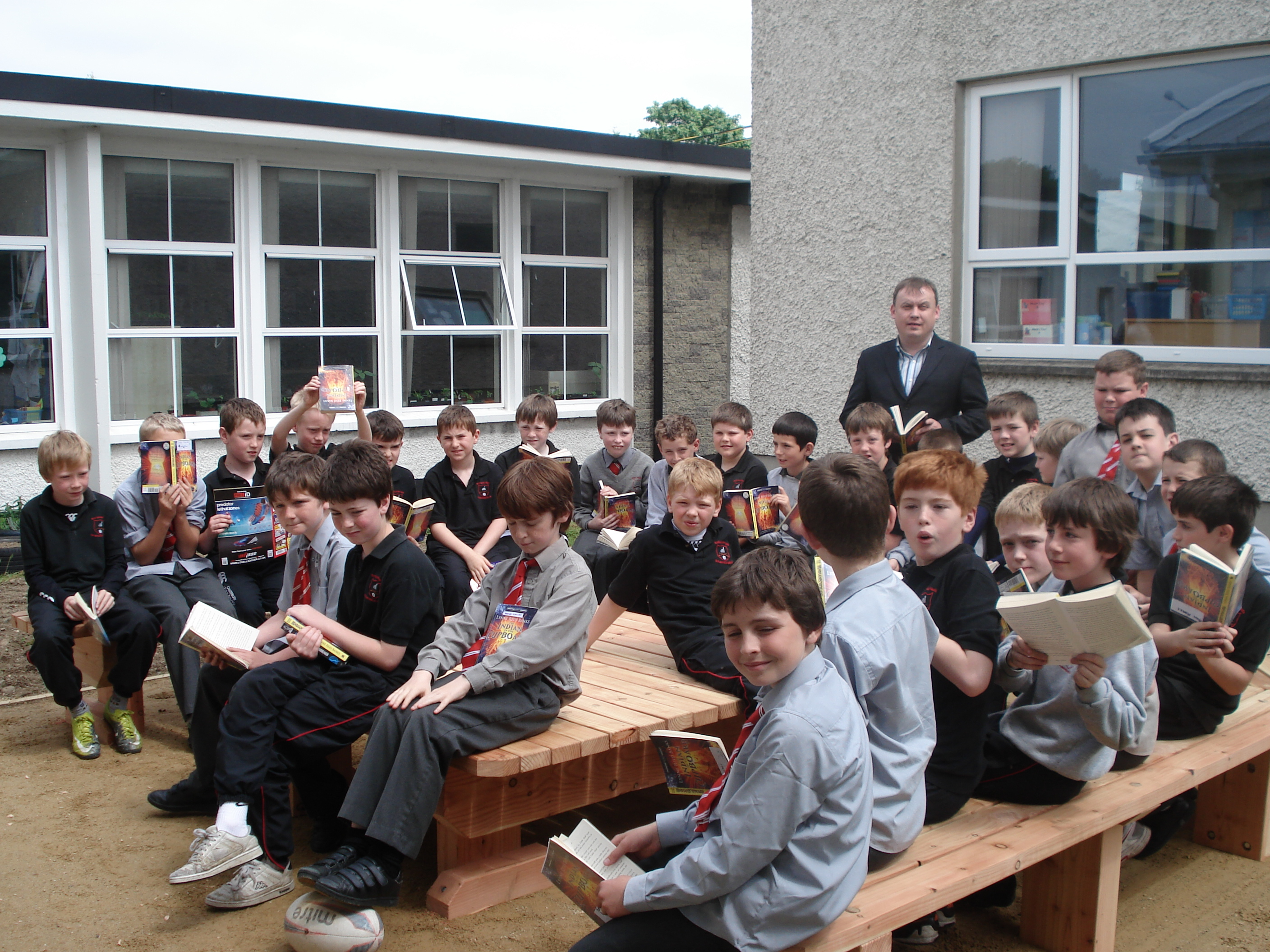 A photo of one of our outdoor Saint Laurences classes_9